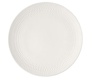 Collier Blanc Centerpiece